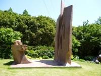 ヴァンジ彫刻の一つ