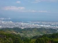 アッパーラウンジから見た清水港と三保半島、お天気が良いと富士山もくっきり