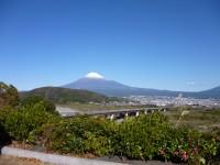 富士川SAからのの富士山11.12.4