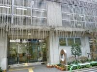 日本点字図書館玄関